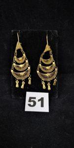 2 Pendants d'oreilles articulés en or filigrané, orné de 3 pampilles (L 6cm, tordues ). PB 5,6g