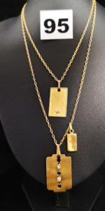 3 Pendentifs, 1 motif lingotin creux ( cabossé L 1,5cm), 1 motif plaque orné d'un petit diamant (L 3cm), 1 motif lame de rasoir orné de 2 petits diamants ( L 3cm) et 1 chaine maille forçat (L 71cm). Le tout en or. PB 10,9g