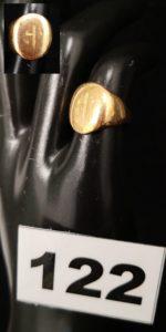 1 Chevalière en or (TD 44).PB 5,7g