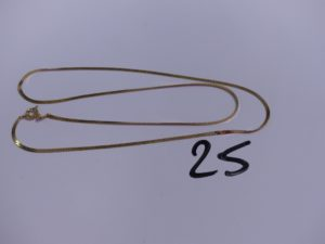 1 collier maille anglaise en alliage 14K (L44cm). PB 2,6g