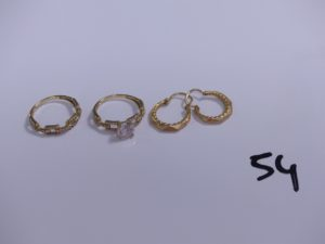2 bagues en or ornées de nombreuse pier res (nombreux chatons vides, Td 55/56) et 1 paire de créoles ciselées en or. PB 5,6g