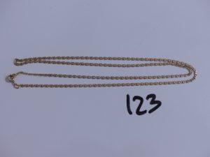 1 chaine maille marine en or (anneau de bout à restaurer, L52cm). PB 4,8g
