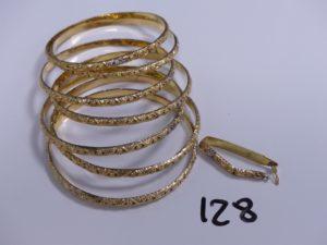 1 semainier en or (creux et fragile) barette cassée. PB 23,3g