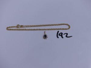 1 chaine maille torsadée en or (L 49cm) et 1 petit pendentif en or orné de pierres. PB 3,1g