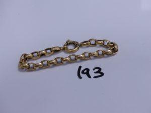 1 bracelet maille jaseron en or (un peu cabossé, L 20cm). PB 17,6g