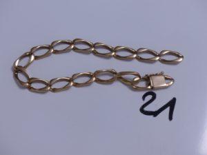 1 Bracelet maille gourmette en or (cassé, L22cm). PB 28,1g