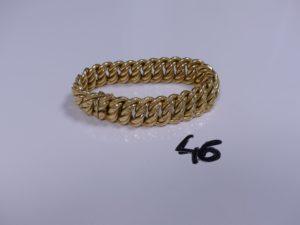1 Bracelet en or maille américaine (un peu cabossé, L21cm). PB 33,2g