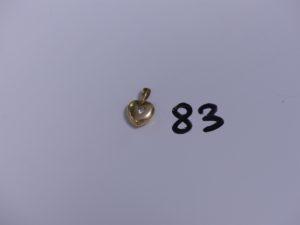 1 Pendentif coeur en or orné d'une petite pierre blanche. PB 1,7g