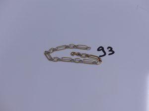 1 Bracelet en or bicolore maille alternée (L19cm). PB 5,2g