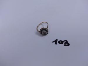1 bague monture en alliage 9K, rehaussée de petites pierre bleues et petits diamants (td50). PB 2,2g