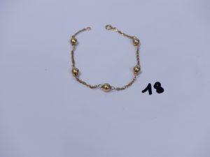 1 bracelet en or à décor de boules (L18cm). PB 2,5g
