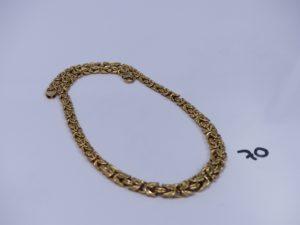1 collier maille royale en or (L47cm). PB 17,9g