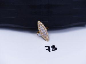 1 bague marquise en or ornée d'un pavage de pierres (Td56). PB 6g