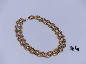 1 collier maille grain de café en or (creux, un peu cabossé, L57cm). PB 12,2g