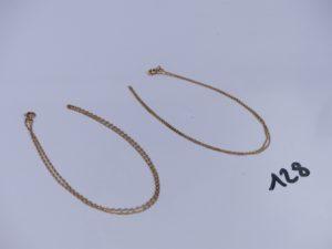 2 chaînes en or (1 fine L38cm)(1 maille alternée L38cm). PB 4,1g