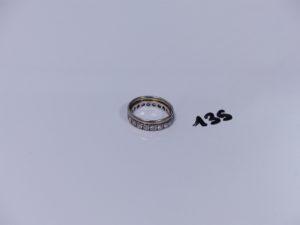 2 alliances en or (1 anneau Td66)(1 ornée de petites pierres en tour complet Td54). PB 5,8g