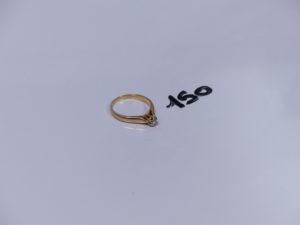 1 bague en or ornée d'un petit diamant (Td49). PB 2,4g