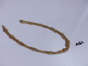 1 collier en or à motifs filigranés (L79cm). PB 35,4g