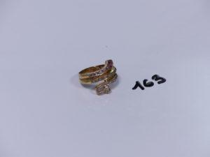 1 bague serpent en or ornée de petites pierres (Td61). PB 5,9g