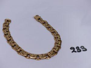 1 bracelet cassé maille royale en or. PB 26,1g