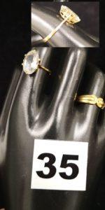1 Marquise ornée d'une pierre bleue ciel (TD 53) et 1 bague ornée de 2 petits diamants (TD 53). Le tout en or. PB 4,3g