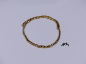 1 collier maille palmier en or (L42cm). PB 16,5g