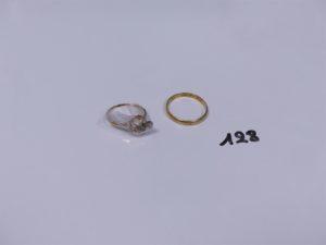 1 bague en or (chaton vide, Td54) et 1 alliance en or (Td60). PB 3,6g