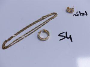 1 Chaîne maille gourmette (L48cm) et 1 créole. Le tout en alliage 14K. PB 11g + 1 boucle en métal ornée d'une pierre.