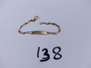 1 Bracelet en or identité gravée (L 14cm). PB 2,7g